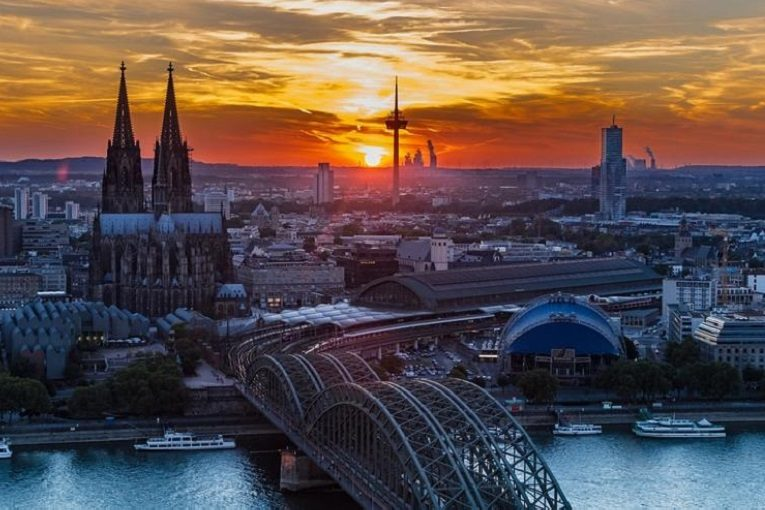 Köln Transfer